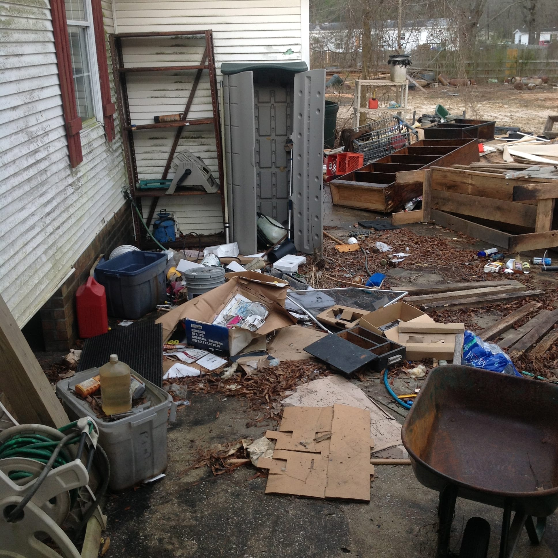 Residential Removal Of Junk Image